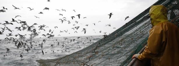 Embarcação de pesca naufragou ao largo de Tróia