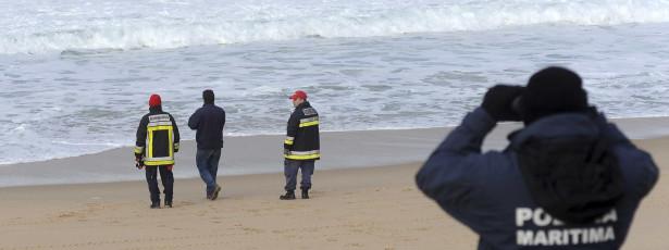 Buscas por homem desaparecido em São Jorge sem resultados