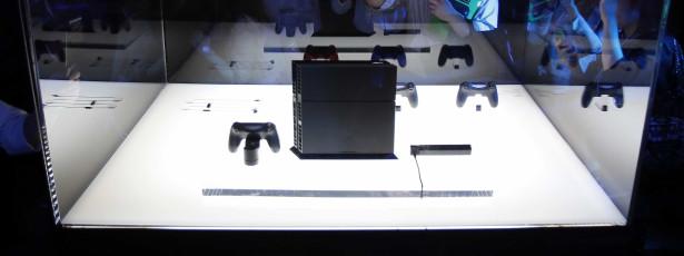 PlayStation 4 chega com novas novidades