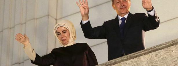 Erdogan insiste na radicalização do discurso após vitória nas municipais