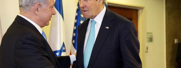 Palestinianos dão 24 horas a Kerry para resolver crise sobre prisioneiros