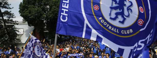 Chelsea aguenta ímpeto do Manchester City e mantém avanço
