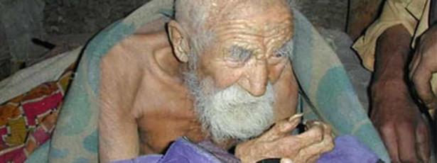 Antigo sapateiro diz ser a pessoa mais velha do mundo com 179 anos