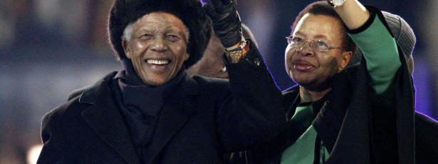Mulher de Mandela mentiu-lhe nos últimos dois anos de vida