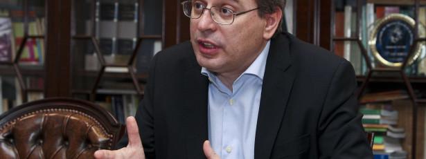 Oposição critica aumento de impostos e questiona previsões