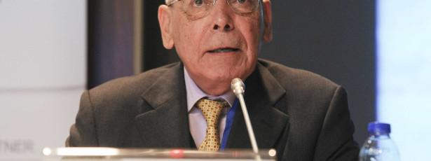 Durão Barroso telefonou-me, estivemos os dois aos berros