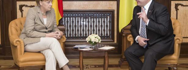 Merkel diz que integridade territorial na Ucrânia é essencial