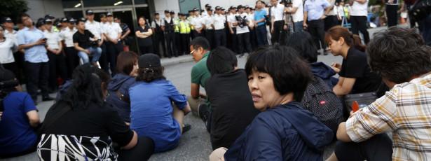 Pai de  vítima do Sewol abandonou greve de fome 46 dias depois
