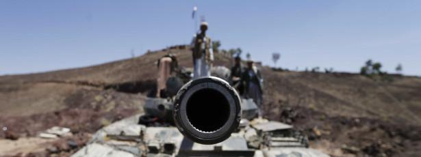 Já foram recolhidos 200 cadáveres de vítimas de combates no Iémen
