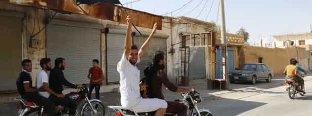 Jihadistas do Estado Islâmico libertam 25 estudantes curdos