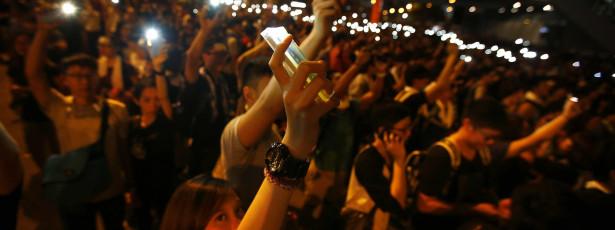 EUA pedem moderação às autoridades face a protestos pró-democracia