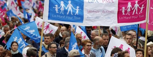 นับพันแห่ในกรุงปารีสและฝรั่งเศสในการป้องกันของครอบครัว
