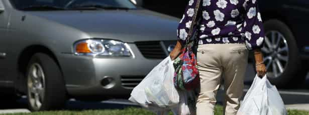 Parlamento Europeu aprova taxa sobre sacos de plástico leves