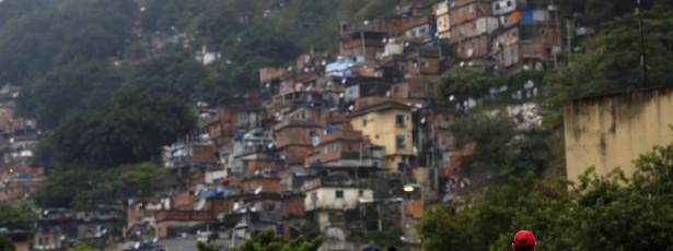 Rio de Janeiro avança na urbanização das favelas
