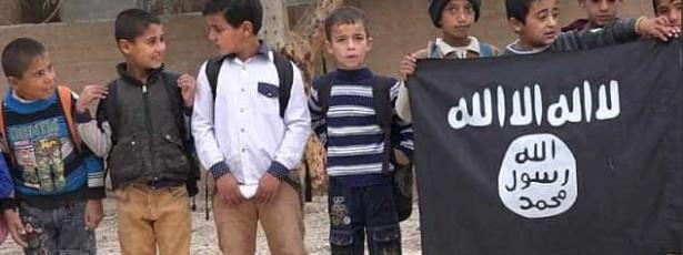 ISIS tem guia para mães educarem bebés 'jihadistas'