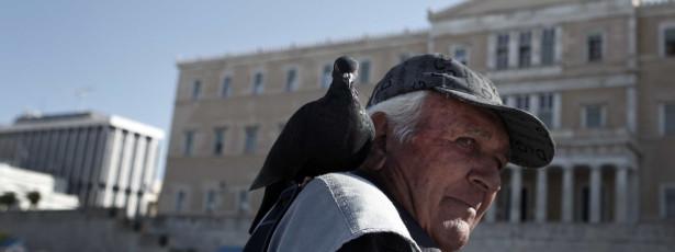 Gregos voltam a poder aproximar-se do seu parlamento