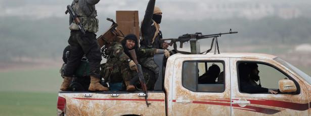 Pelo menos 60 apoiantes do Governo sírio morrem em confrontos