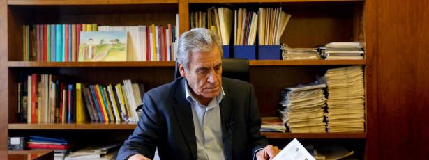 Jerónimo 'cola' PSD, CDS-PP e PS às mesmas políticas