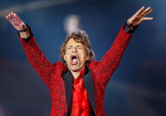 75 anos? Mick Jagger 'dá tudo' em vídeo de dança