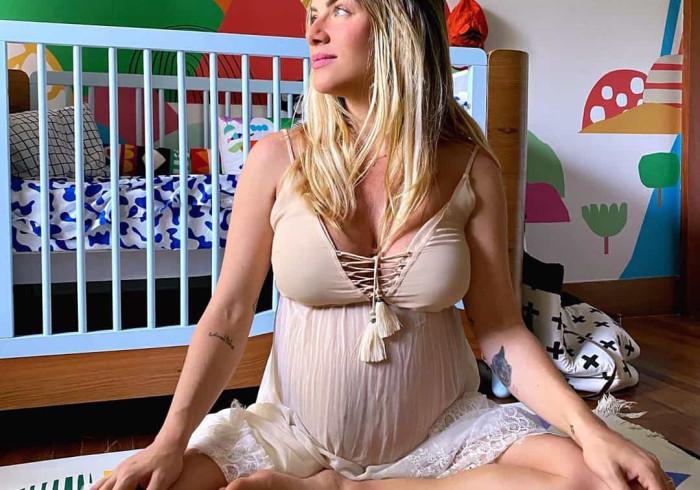 Giovanna Ewbank exibe barriga enorme na reta final da gravidez