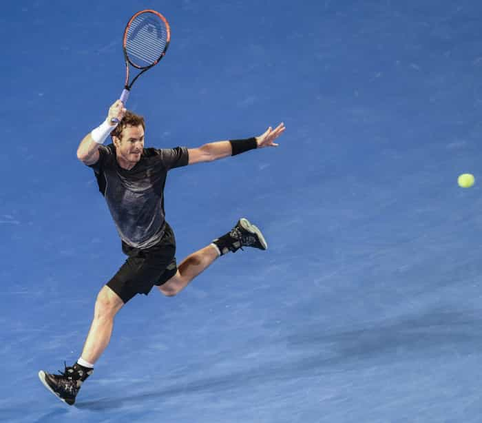 Andy Murray segue em frente