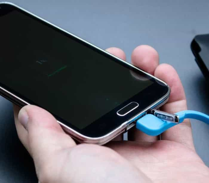 São estes os smartphones com maior tempo de bateria