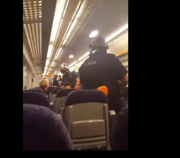 Aparato policial 'trava' viagem de comboio. Suspeito a bordo?