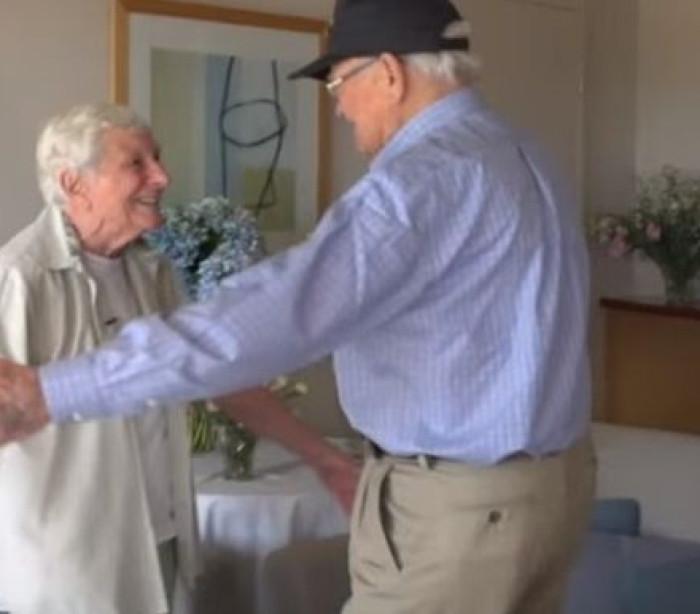 II Guerra Mundial separou-os. Relação é reatada 70 anos depois