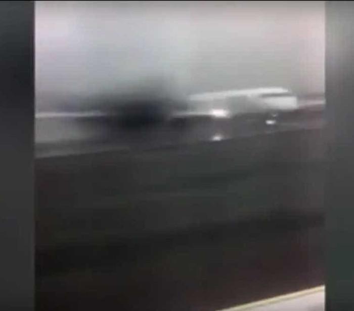 Avião faz derrapagem assustadora ao falhar aterragem