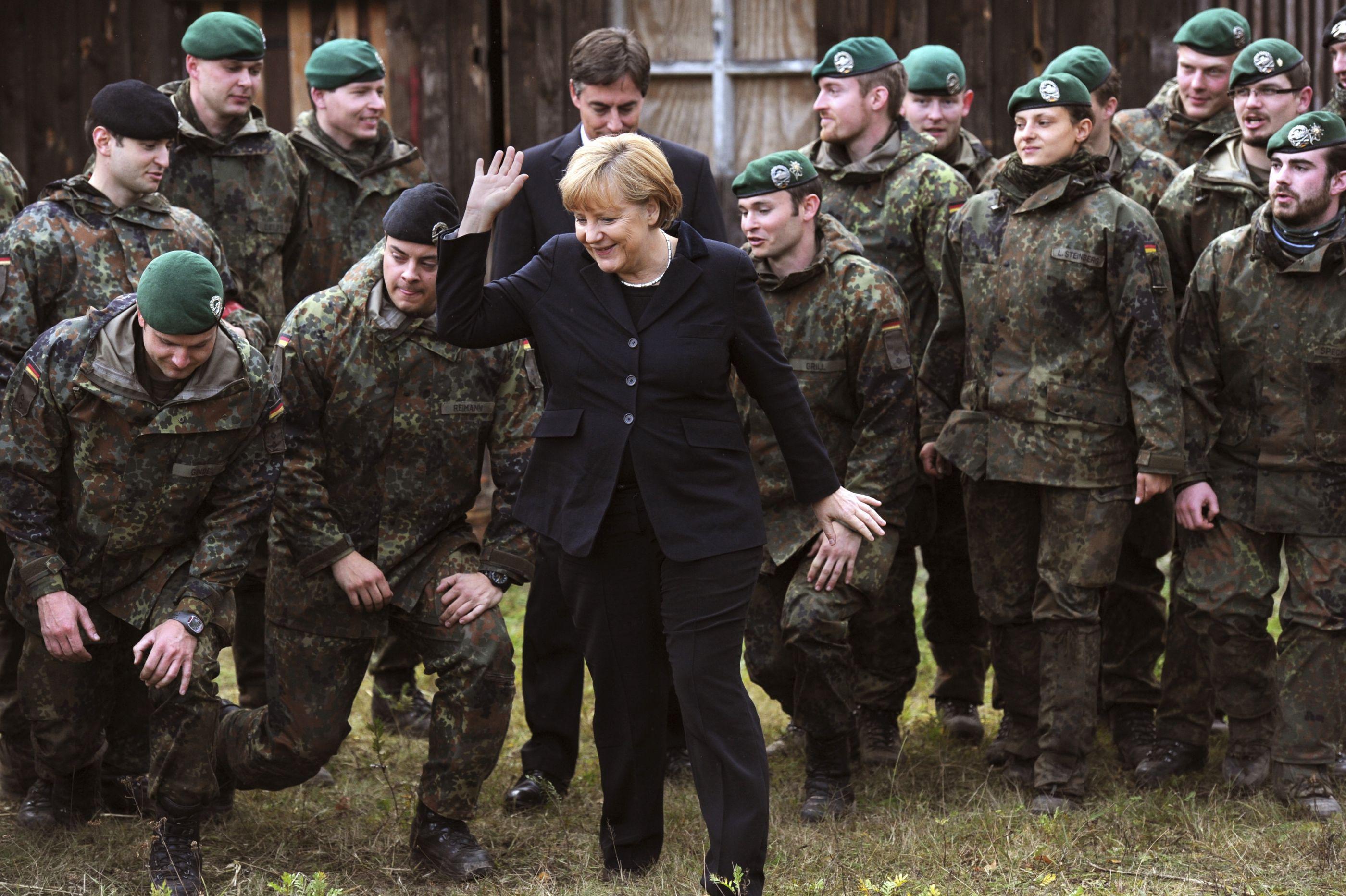 Angela Merkel, uma mulher de armas