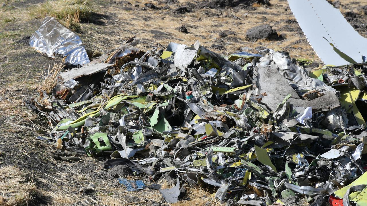 """Há """"semelhanças claras"""" entre dois acidentes com Boeing 737 MAX"""