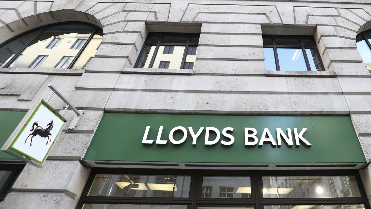 Lucro do banco britânico Lloyds aumenta 24% e soma 5.064 milhões em 2018
