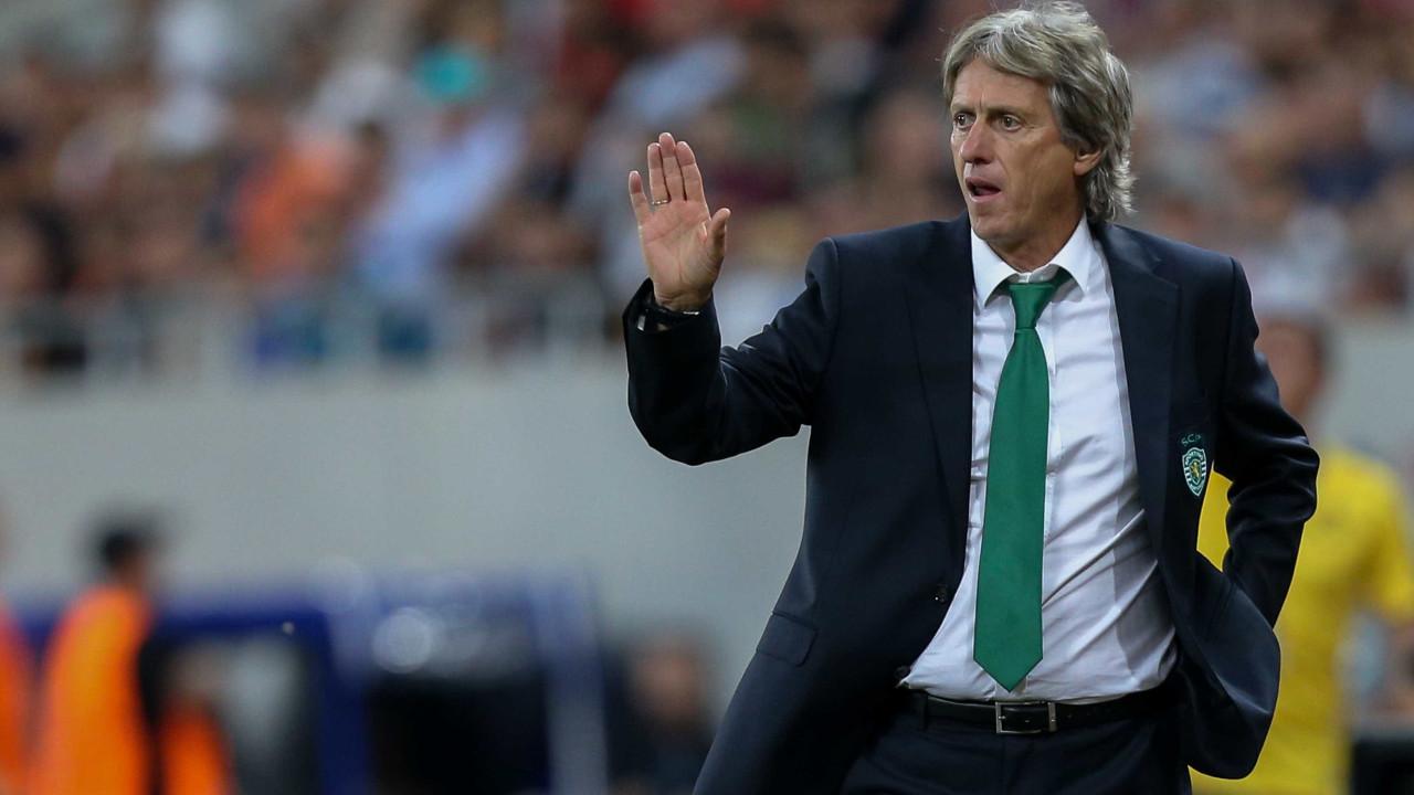Sporting em Tondela para não deixar fugir FC Porto e Benfica