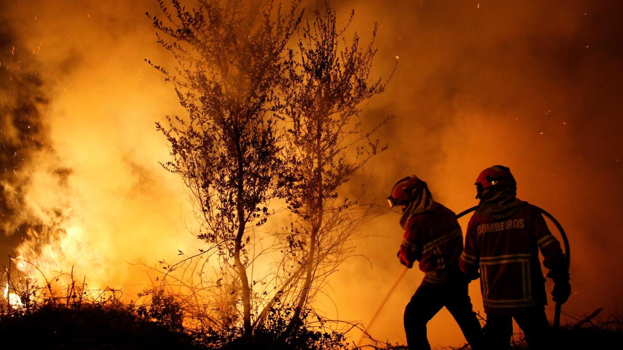 Número de mortes em incêndios sobe para 42