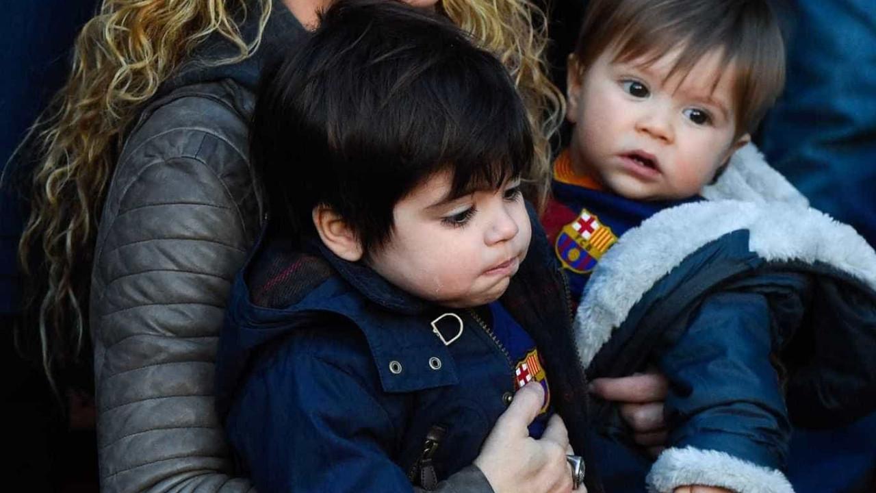 Vídeo: Shakira vibra ao ver filho marcar um golo