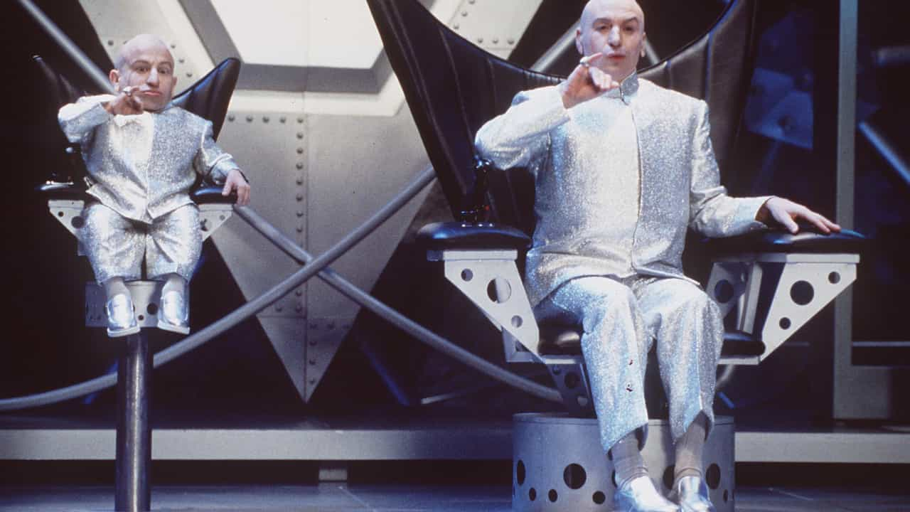 """Mike Myers reage à morte de Verne Troyer: """"Vai fazer muita falta"""""""