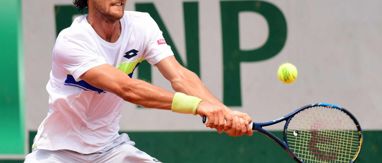 João Sousa passa à segunda ronda de Roland Garros e... defronta Djokovic