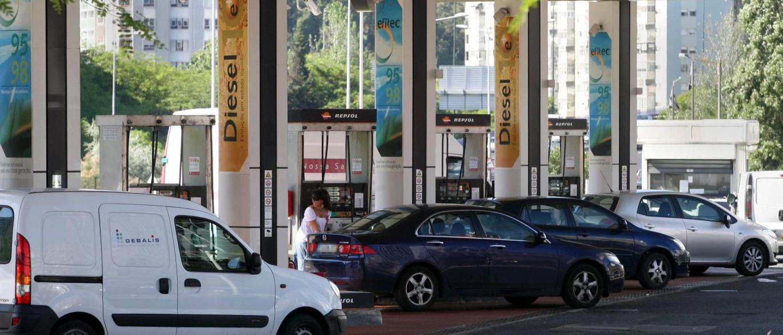 Resultado de imagem para Imposto sobre combustíveis sem alteração este ano