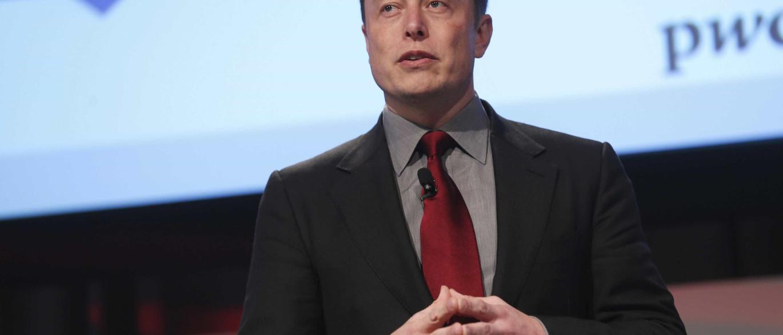 Resultado de imagem para Elon Musk: humanos devem 'se tonar ciborgues'