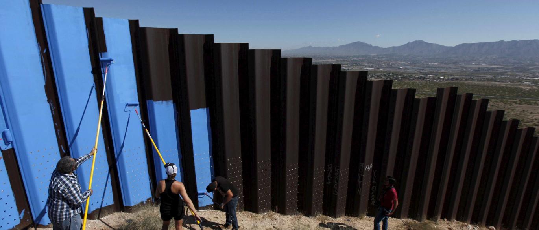 Notícias ao Minuto - Muro entre o México e os EUA será construído ...
