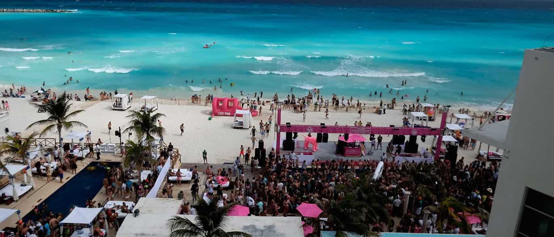 Tiroteio em bar de praia de Cancun faz pelo menos quatro mortos