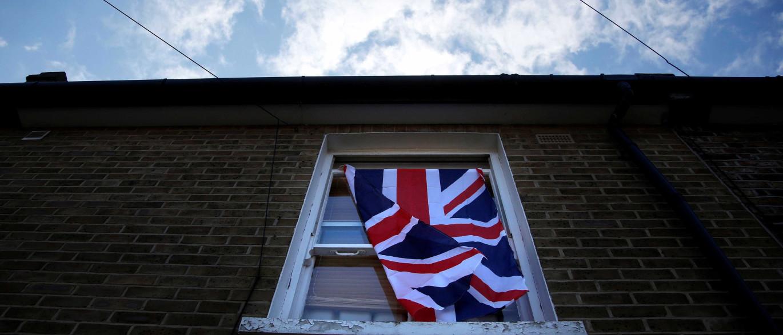 Governo pede a Reino Unido que simplifique residência de portugueses