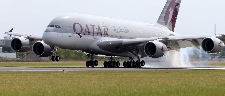 Avião da Qatar Airways aterra de emergência nos Açores. Há feridos