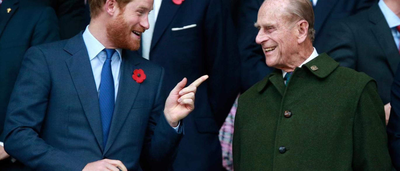 Notícias ao Minuto - As semelhanças entre o príncipe Harry ... Young Prince Philip Prince Harry