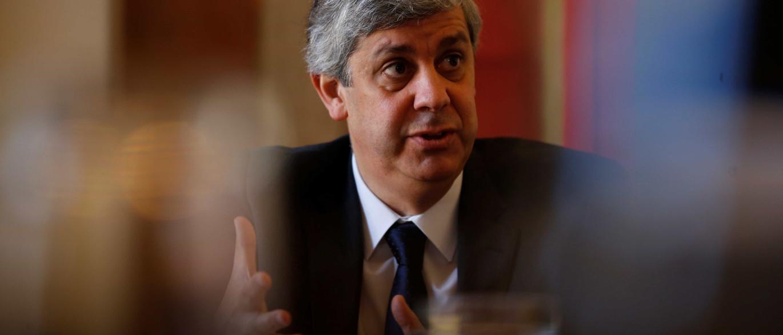 Centeno não rejeita venda parcial do Novo Banco. Mas sem garantia pública