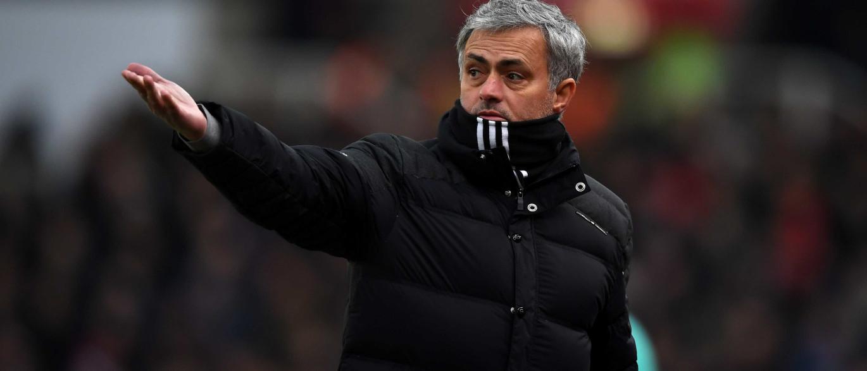 """Mourinho admite que seria """"apaixonante"""" treinar a seleção brasileira"""