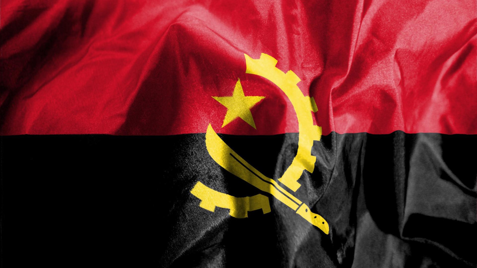 Oito mortos e 14 feridos em acidente de viação na província angolana