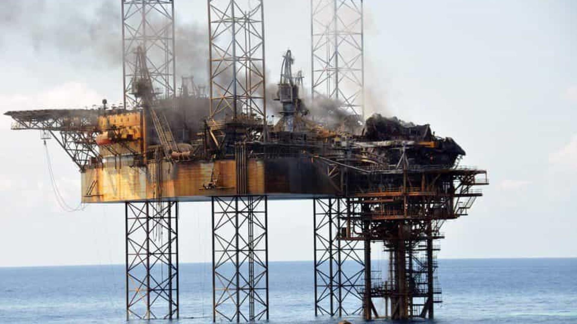 Angola adia produção de dois milhões de barris de petróleo