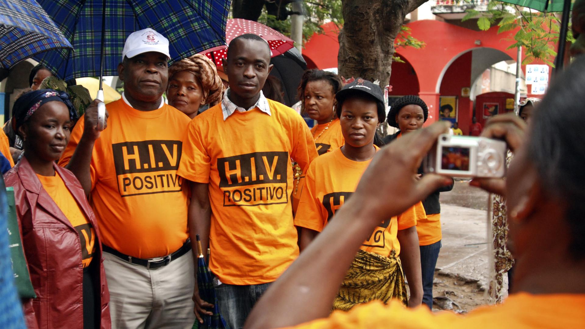 Moçambique sobe de 1,9 para 2,1 milhões estimativa de portadores de HIV