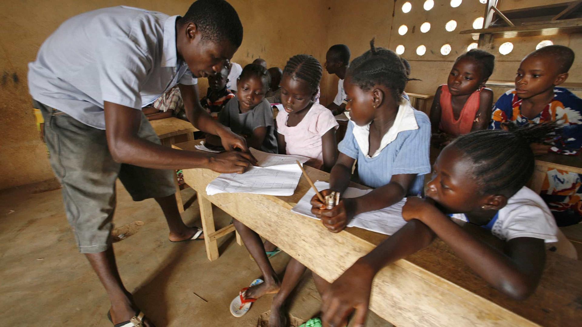Resultado de imagem para educação caseira moçambique